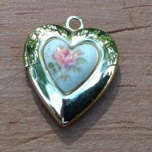 Gold heart-shaped photo locket pendant (no chain)